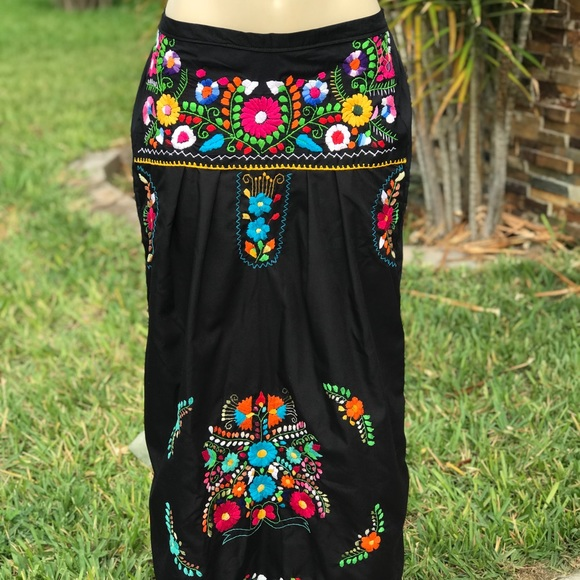 c9fe7d01596 New Mexican Maxi Skirt Floral Embroidery Handamde